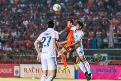 SISAKET 15 THAILAND-OKTOBER: Santirat viang-binnen van Sisaket FC Royalty-vrije Stock Foto's