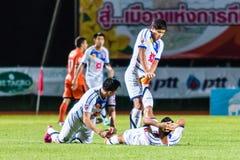 SISAKET 22 THAILAND-OKTOBER: Spelers van Luchtmacht Centrale FC stock foto's