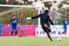 SISAKET 29 THAILAND-OKTOBER: Spelers van Sisaket FC royalty-vrije stock foto