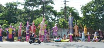 Sista förberedelser av den Dussera festivalen Arkivfoto