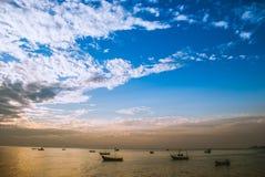 Sista ljus av den Bangsean stranden Royaltyfri Bild