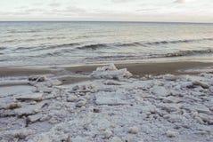 Sista is på det baltiska havet, Lettland Arkivbild