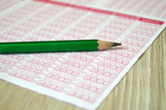 Sistema ótico do exame, papel ótico do sistema ótico do papel, do estudante e do exame, imagens de papel óticas marcadas, papéis  foto de stock royalty free