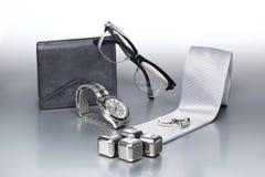 Sistema atractivo y de moda, accesorios de plata para el hombre de negocios X Fotos de archivo