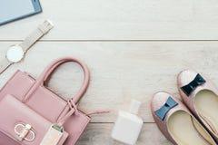 Sistema casual hermoso de la moda de la mujer Fotografía de archivo libre de regalías