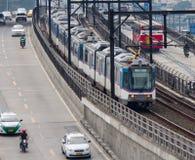 Sistema chiaro di trasporto ferroviario di Manila Fotografia Stock Libera da Diritti