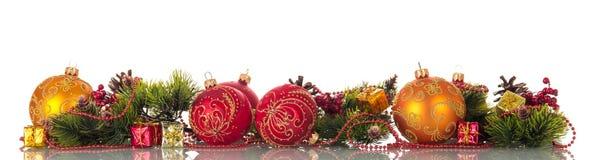 Sistema colorido brillante de los ornamentos para el árbol de navidad Imagen de archivo