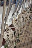 Sistema da asseguração em um veleiro fotos de stock royalty free
