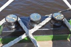 Sistema da asseguração em um veleiro fotografia de stock