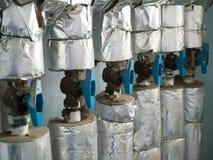 Sistema de abastecimiento del agua del condominio en planos del panel Imagenes de archivo