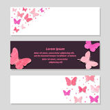 Sistema de banderas románticas con las mariposas rosadas Foto de archivo