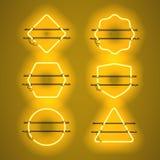 Sistema de bastidores de neón amarillos que brillan intensamente realistas Fotografía de archivo libre de regalías