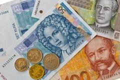Sistema de billetes de banco croatas y de monedas de la moneda macros Foto de archivo libre de regalías