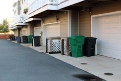 Sistema de botes de basura plásticos Foto de archivo libre de regalías