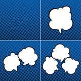 Sistema de burbujas del discurso en fondo azul Fotografía de archivo libre de regalías