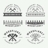 Sistema de carpintería del vintage, de artesanía en madera y de etiquetas del mecánico, insignias, stock de ilustración