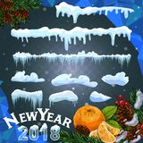Sistema de casquetes glaciares Nieves acumulada por la ventisca, carámbanos, decoración del invierno de los elementos Equipo de l Foto de archivo libre de regalías