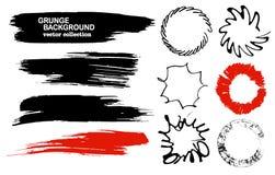 Sistema de cepillos y de elementos dibujados mano del diseño La pintura negra, movimientos del cepillo de la tinta, salpica Forma Fotos de archivo libres de regalías