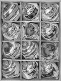 Sistema de 12 chucherías de lujo del vidrio del Winterberry Imágenes de archivo libres de regalías