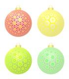 Sistema de cuatro bolas de la Navidad con las estrellas ilustración del vector