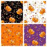 Sistema de cuatro modelos inconsútiles con los caramelos de Halloween Ilustración del vector Foto de archivo libre de regalías