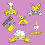 Sistema de diversos logotipos vaping coloreados en fondo púrpura Fotografía de archivo