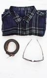 Sistema de diversos ropa y accesorios para las mujeres Fotos de archivo