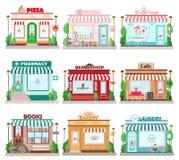 Sistema de edificios planos detallados de la fachada de la ciudad del diseño Iconos de la fachada de los restaurantes y de las ti libre illustration
