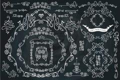 Sistema de elementos caligráfico encrespado del diseño, remolinando ilustración del vector
