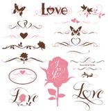 Sistema de elementos caligráficos, de corazones decorativos y de flores Imagen de archivo libre de regalías