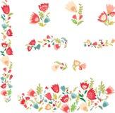 Sistema de elementos decorativos con las flores Imágenes de archivo libres de regalías