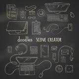 Sistema de elementos del creador de la escena de la tiza en fondo de la pizarra Imagen de archivo