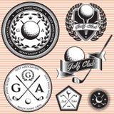 Sistema de emblemas al juego de golf del tema ilustración del vector