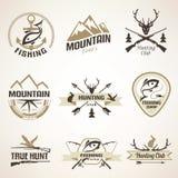 Sistema de emblemas de la caza y de la pesca del vintage Imágenes de archivo libres de regalías