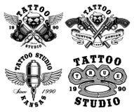 Sistema de emblemas monocromáticos del tatuaje Imágenes de archivo libres de regalías