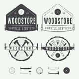 Sistema de etiquetas de las serrerías del vintage, de emblemas, de logotipo, de insignias y de elementos del diseño Fotografía de archivo libre de regalías