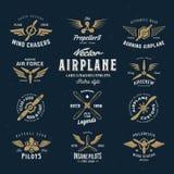 Sistema de etiquetas del aeroplano del vector del vintage con retro Imágenes de archivo libres de regalías