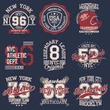 Sistema de etiquetas del vintage, tipografía del deporte atlético para la impresión de la camiseta Estilo del equipo universitari ilustración del vector