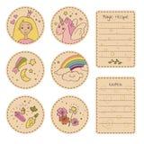 Sistema de etiquetas engomadas del arte con los personajes de dibujos animados lindos y los artículos mágicos Fotos de archivo libres de regalías