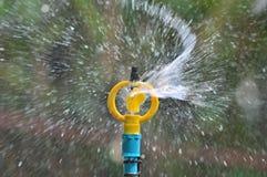 Sistema de extinção de incêndios da água Fotos de Stock Royalty Free