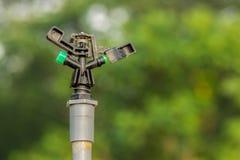 Sistema de extinção de incêndios plástico da água foto de stock