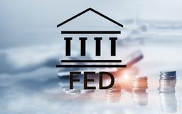 Sistema de Federal Reserve - FED Concepto de la econom?a de las actividades bancarias Fondo de la exposici?n doble fotos de archivo