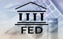 Sistema de Federal Reserve - FED Concepto de la econom?a de las actividades bancarias Fondo de la exposici?n doble fotos de archivo libres de regalías