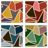 Sistema de fondo geométrico de los modelos del vector inconsútil con los triángulos en colores beige y marrones en colores pastel Fotografía de archivo