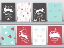 Sistema de fondo lindo de la Feliz Navidad con el animal y el árbol de navidad lindos, fondo precioso con símbolos del día de fie imagen de archivo