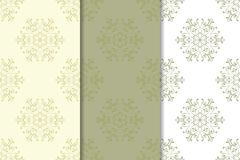 Sistema de fondos florales pálidos del verde verde oliva Modelos inconsútiles Foto de archivo