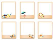 Sistema de fotos en blanco con las imágenes del artículo de la playa stock de ilustración