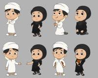 Sistema de gente musulmán del niño que hace actividades vector e illustratio stock de ilustración
