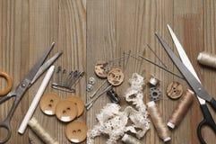 Sistema de herramientas y de accesorios de costura imagen de archivo