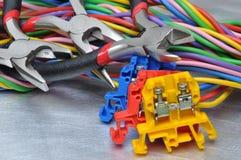 Sistema de herramientas y de cables eléctricos Fotos de archivo libres de regalías